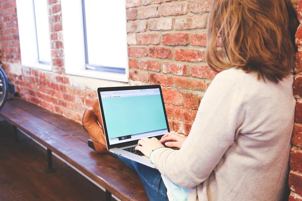 自宅でWi-Fiを使うなら?おすすめ会社をまとめてご紹介